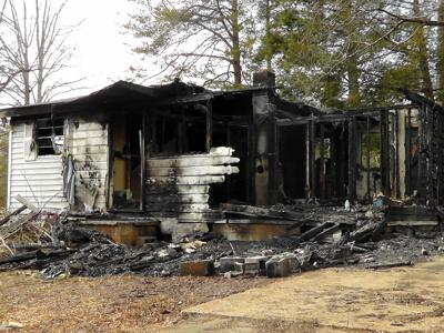 Morning fire burns home in Nebo