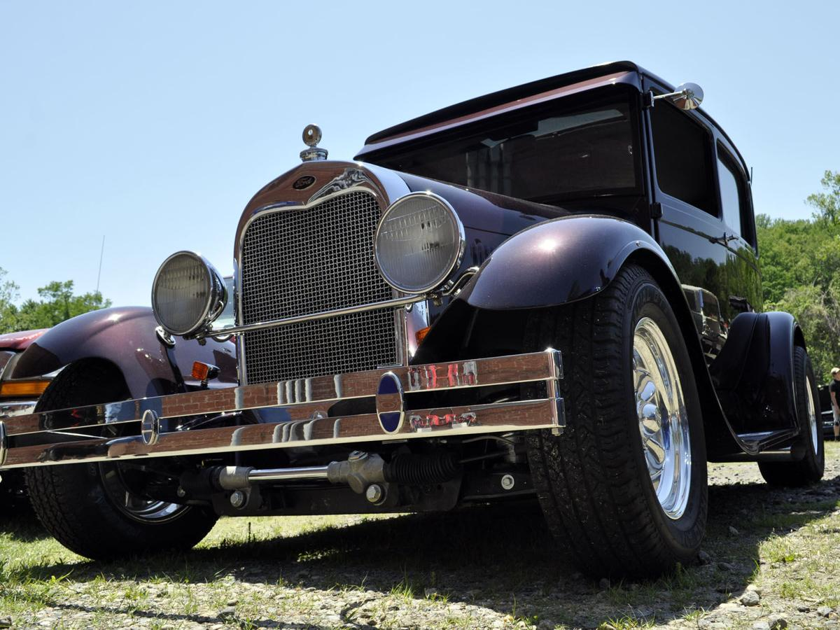 Car show to support foster children's Christmas