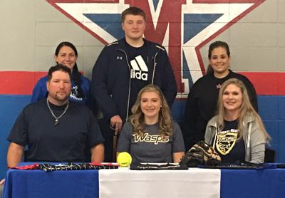Lady Titans' Banks makes college choice