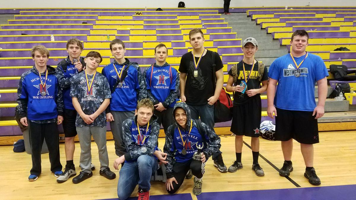 Another good weekend for Titan wrestling team