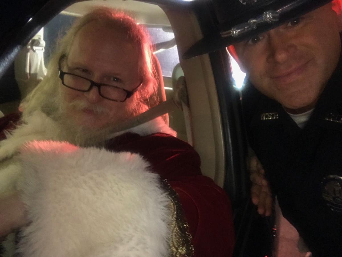 Trooper pulls over Santa