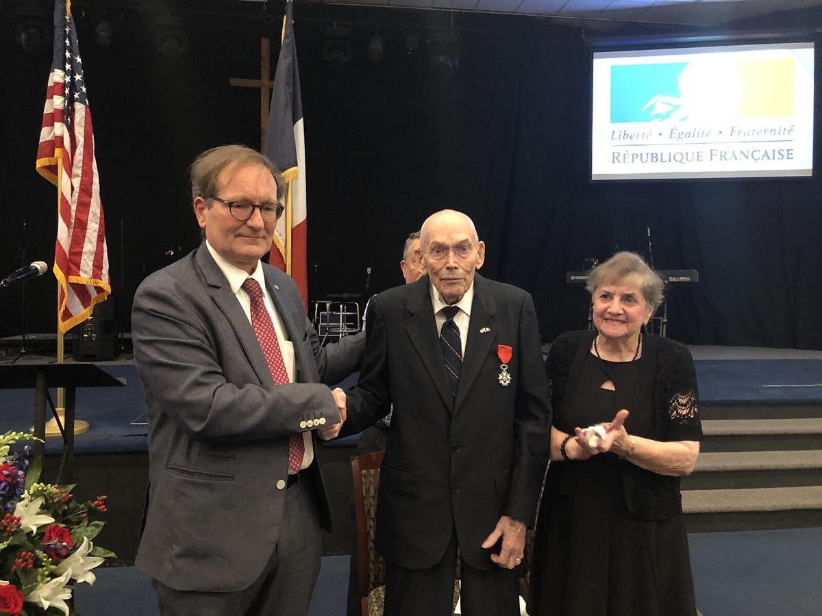 World War II veteran Earl Snypes receives the French Legion of Honor