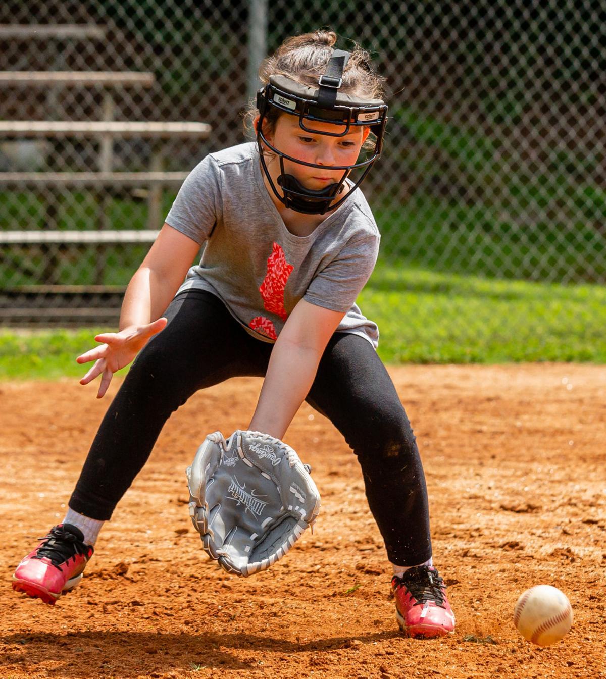 sports-web mhs softball camp2.jpg