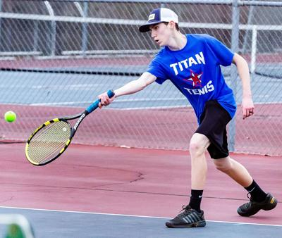 Titans drop close one to Pats in regular-season tennis finale