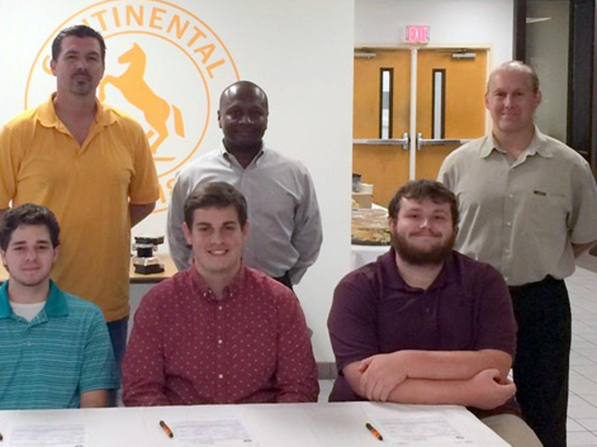 Continental selects student apprenticeships