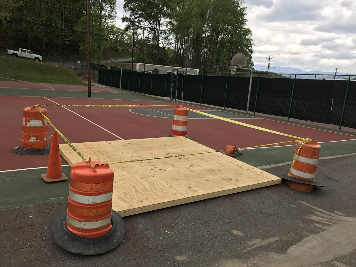 Park's basketball court stays closed due to sinkhole
