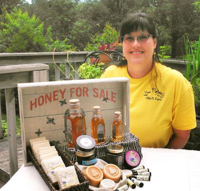 Mikell's Farm Honey twice wins international contests