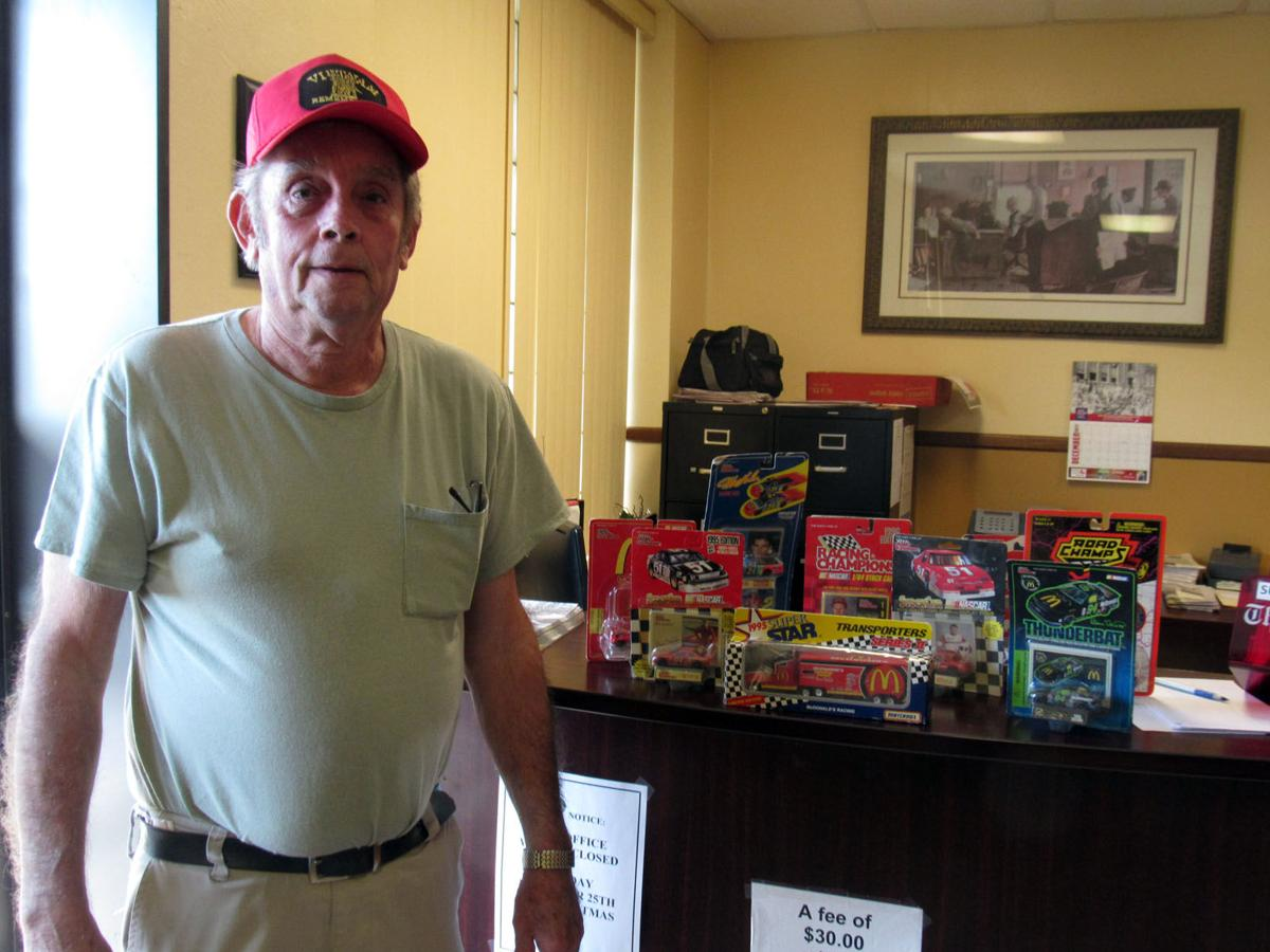 NASCAR collector receives gifts after items stolen