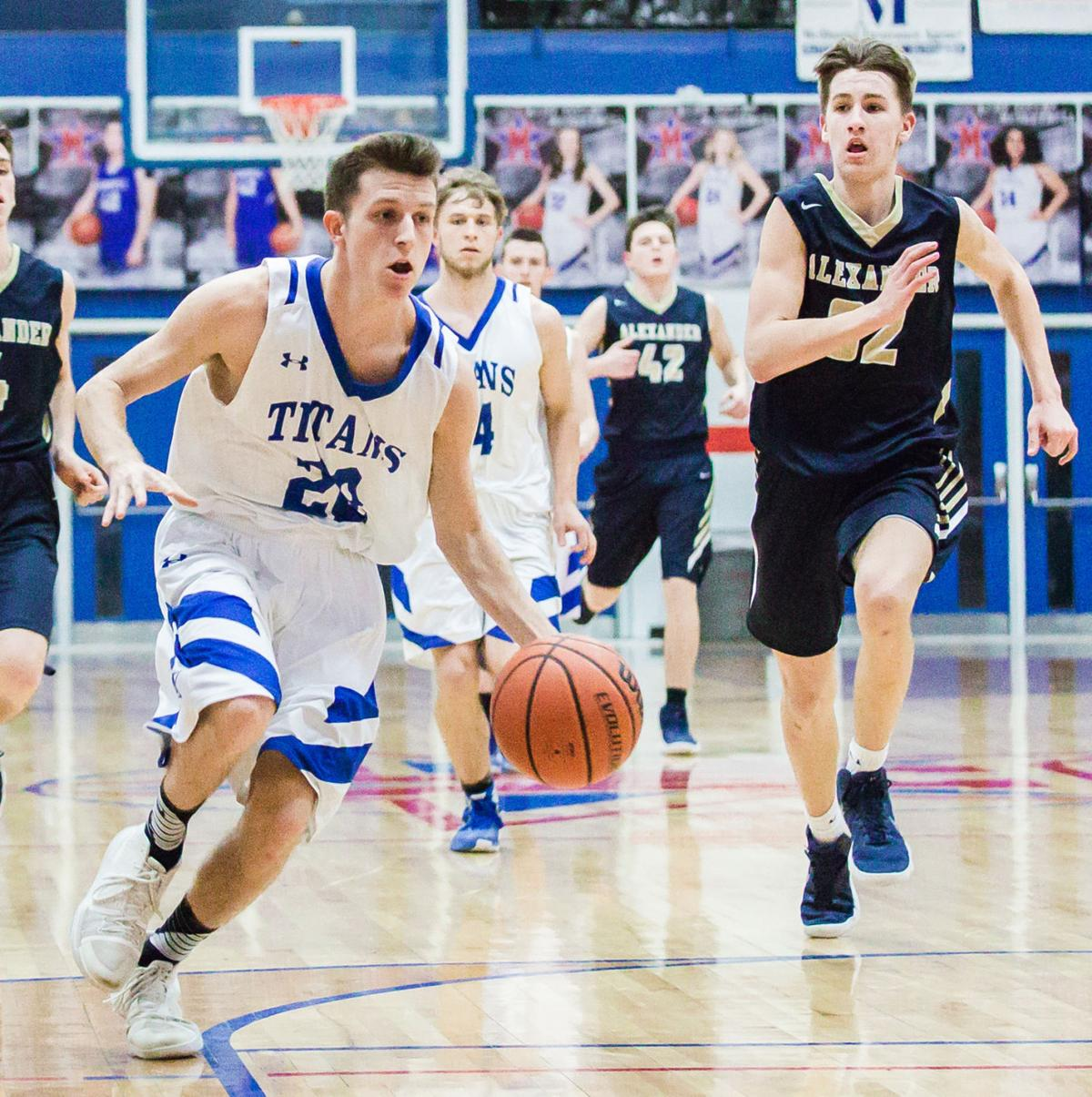 Quick outburst lifts Titans over Alexander Central