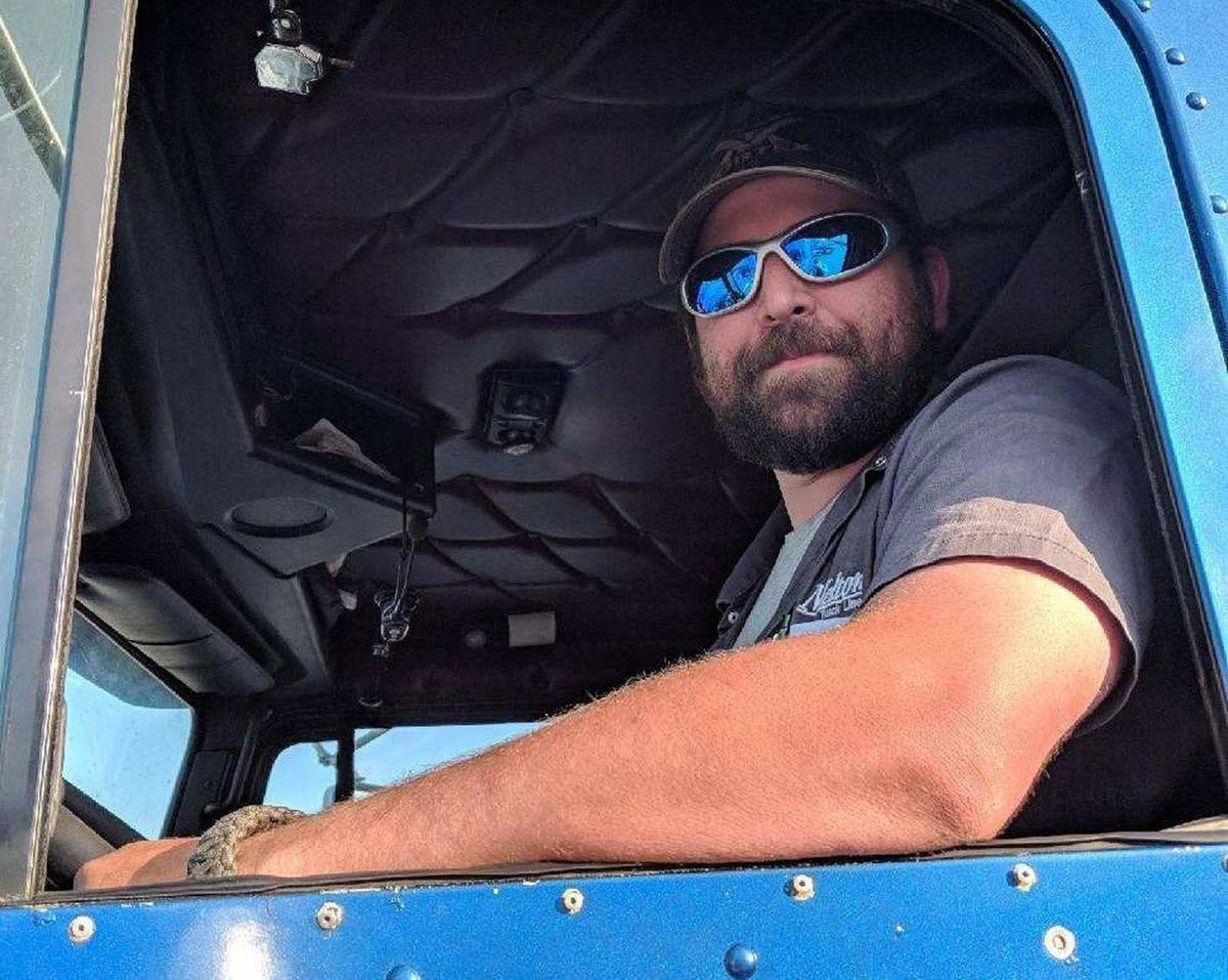 truckers-1d487aaa-6350-11e8-99d2-0d678ec08c2f.jpg