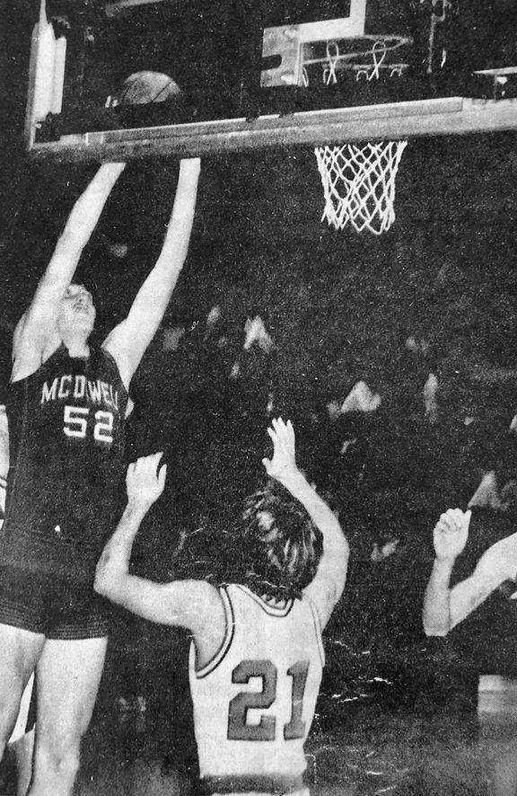 13 Archives-basketball.jpg