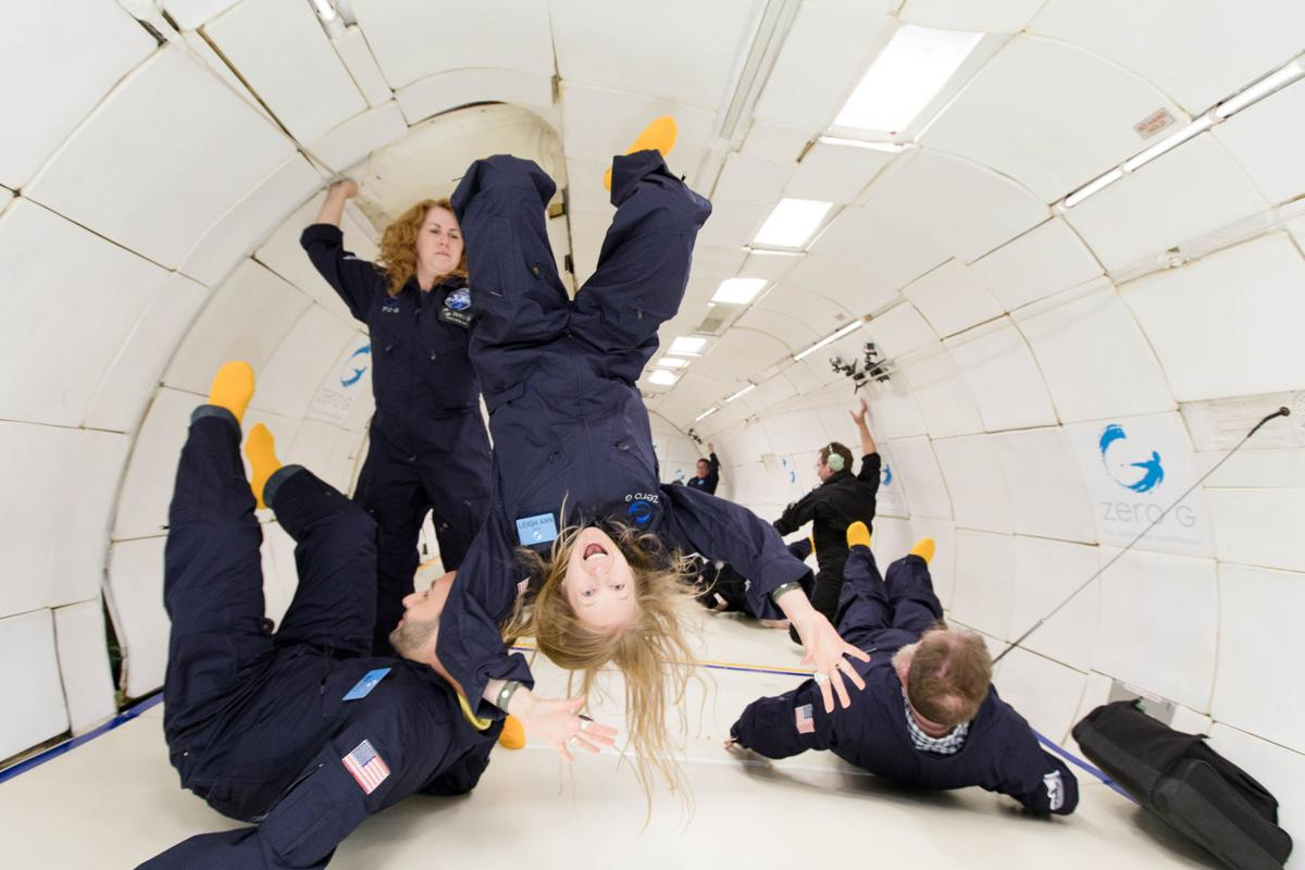 space-tourism-4fadd28e-d470-11e7-95bf-df7c19270879.jpg