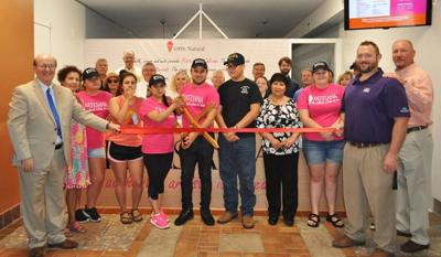 Chamber holds ribbon-cutting ceremony for Artesana Ice Cream