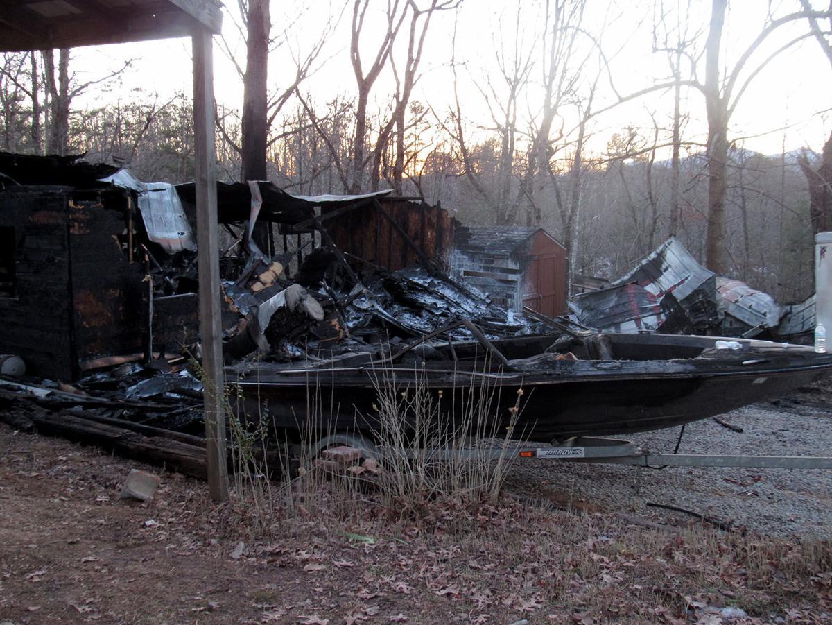 Camper burns at Marion Moose Lodge
