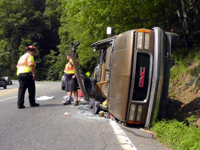 IMAGE: 1 injured in NC 226 North rollover