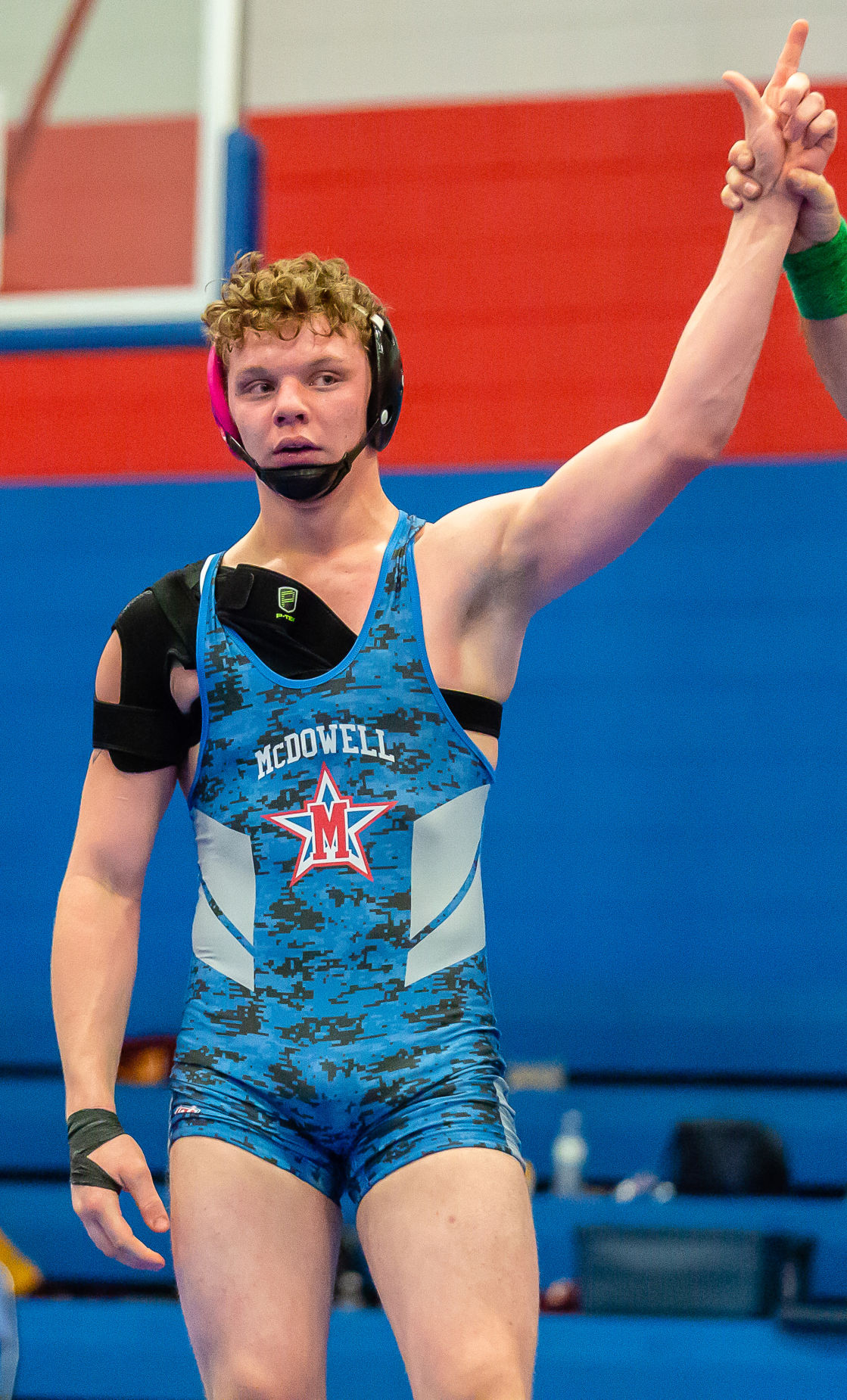 Grappling for glory: 2 Titans make State 4A Tournament