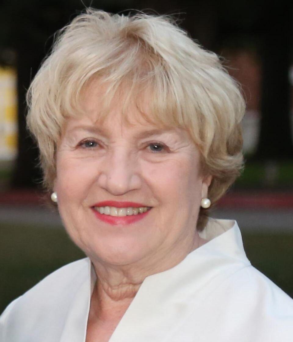 Virginia  Urzendowski