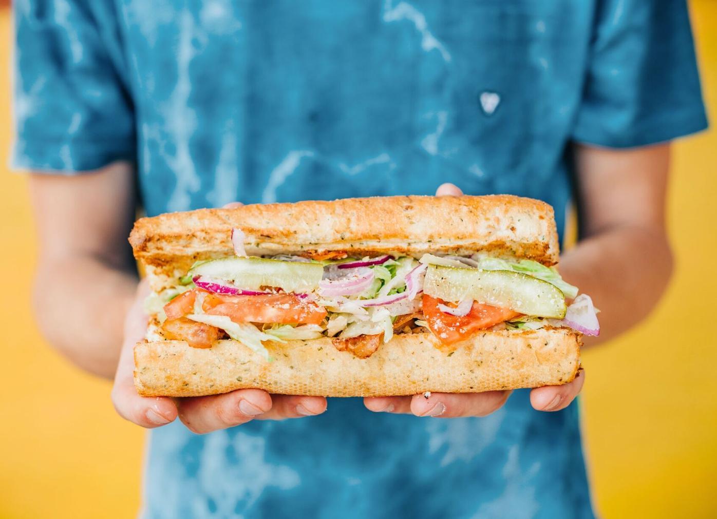093020_MNS_Cheba_Hut_001 White Widow sandwich