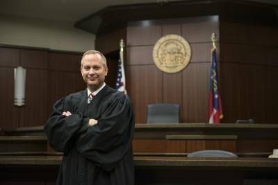 Judge_Leonard