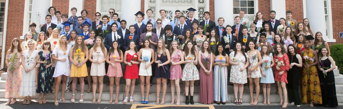 061919_MNS_full_Galloway_grad_001 class of 2019 group