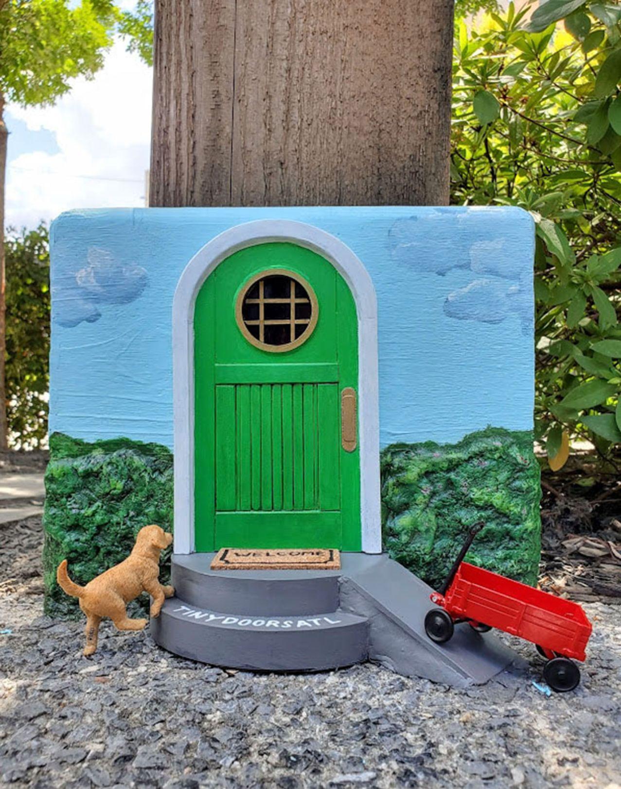 092519_MNS_full_CHOA_door_001 Tiny Door
