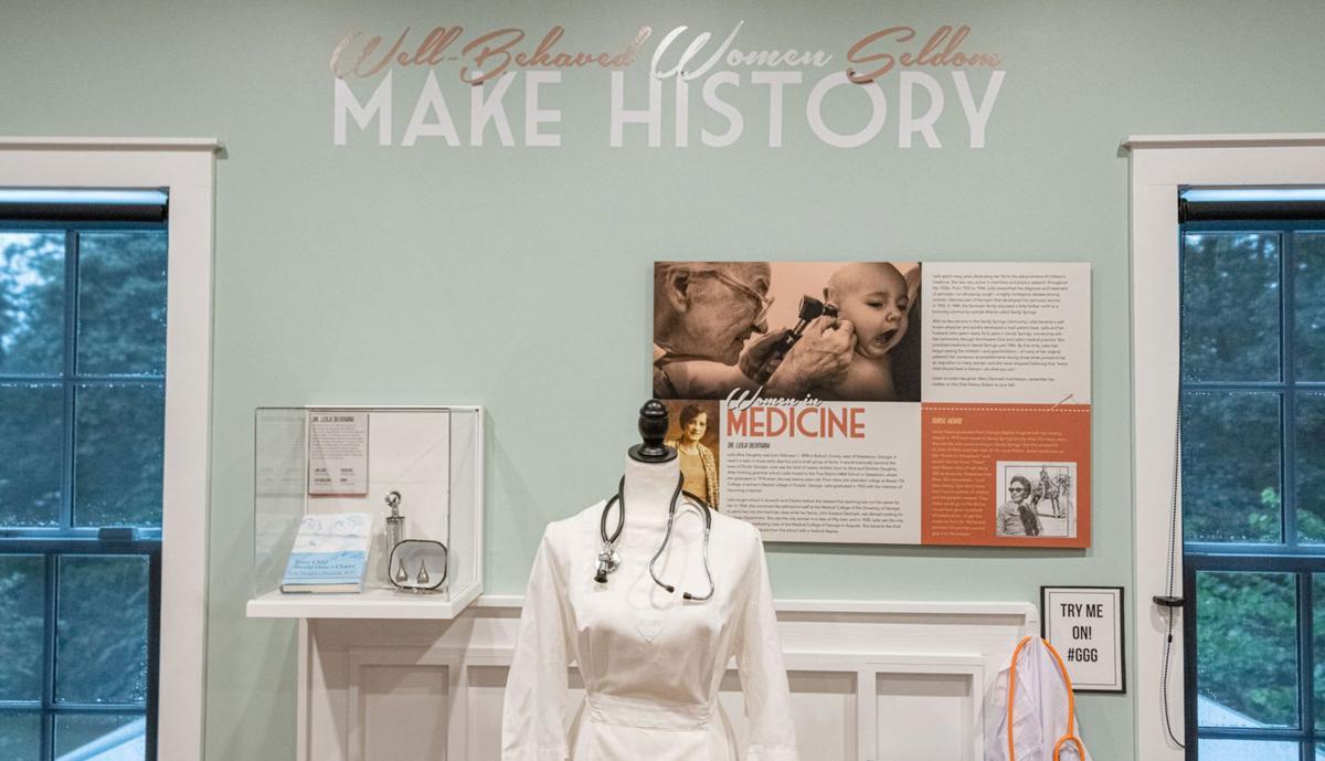 092519_MNS_Heritage_exhibit_002 women in medicine