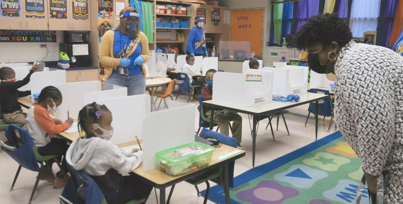 020321_MNS_APS_delay_001 Lisa Herring with students