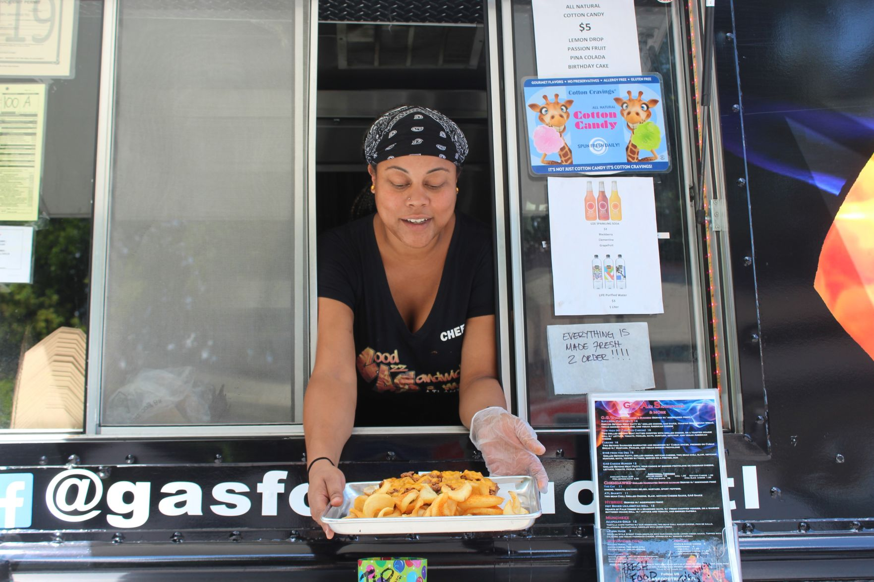 This New Food Truck In Decatur Is Serving Up The Vegan Version Of Classic Sandwiches Dekalb Neighbor Mdjonline Com