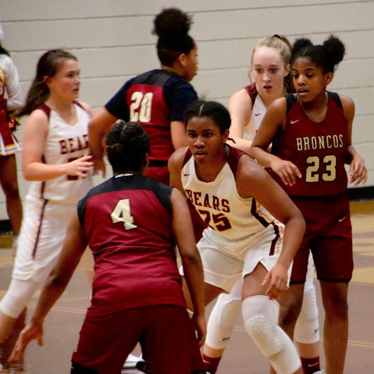 Holy Innocents' brings home girls' basketball state title