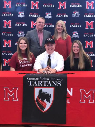 Hayden Hairston sings to Carnegie Mellon University