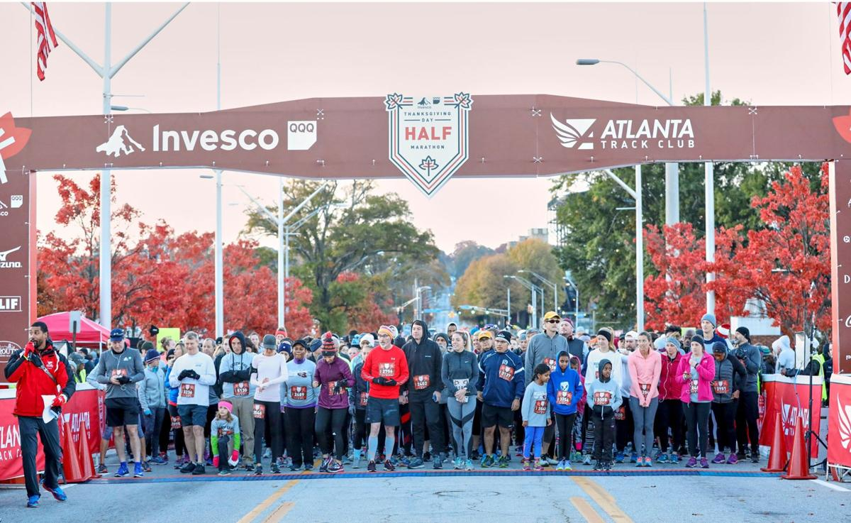 112719_MNS_Half_Marathon_002 runners at half marathon start