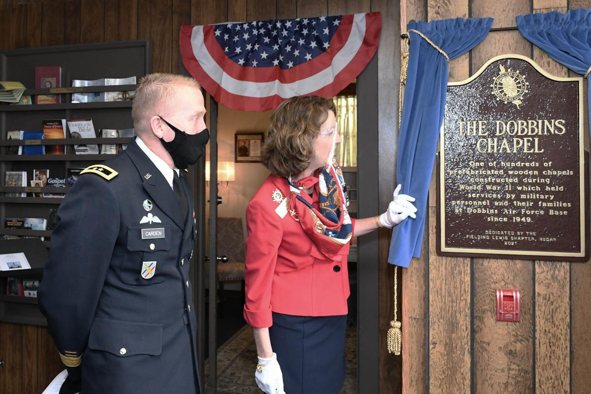 Photo 2 Unveiling of the Plaque.jpg