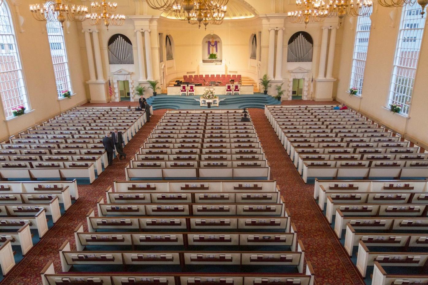 040120_MNS_Howard_Wieuca_001 Wieuca Road Baptist Church sanctuary