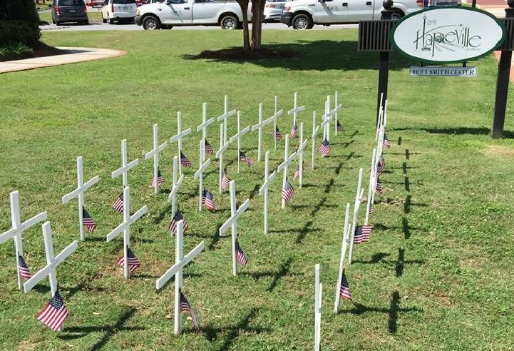 Hapeville Memorial Day flags