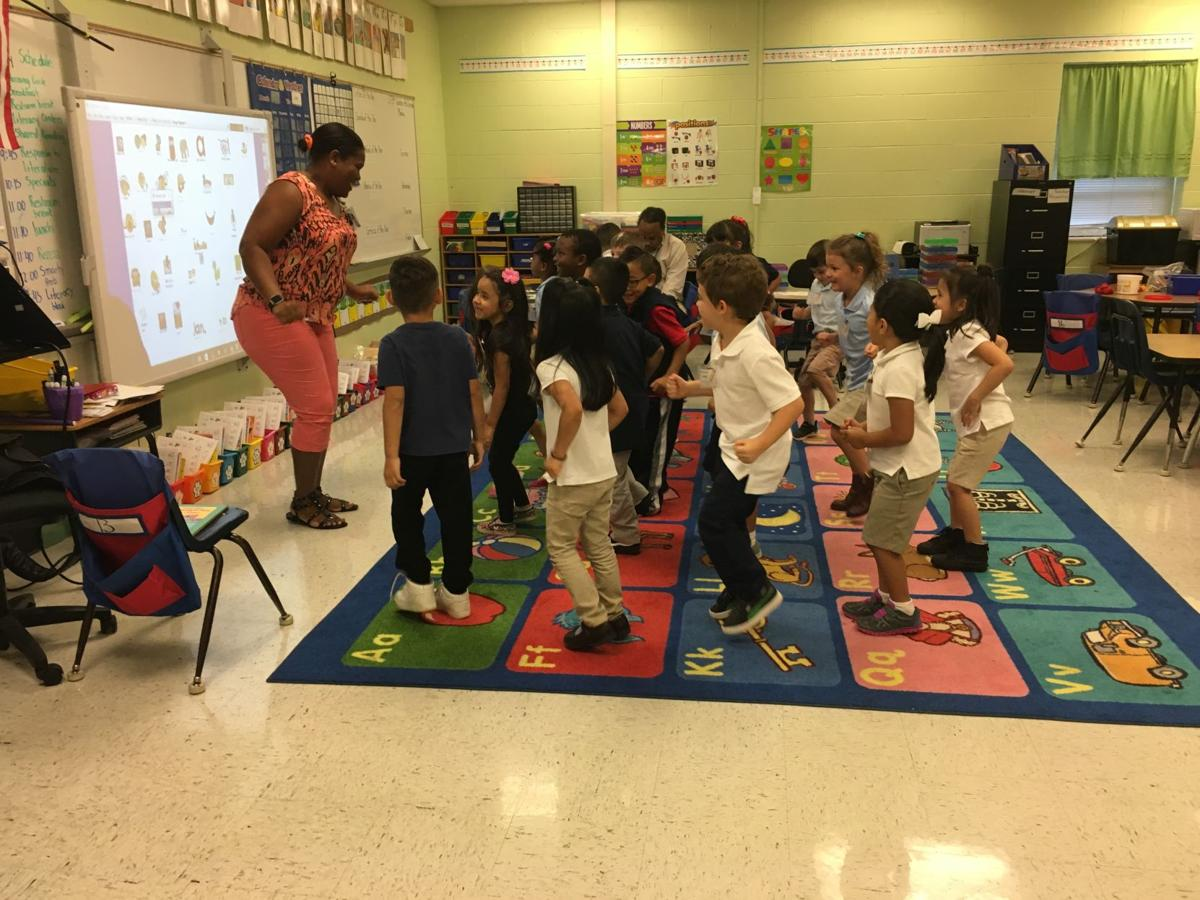 Cobb school district rolls out early kindergarten program