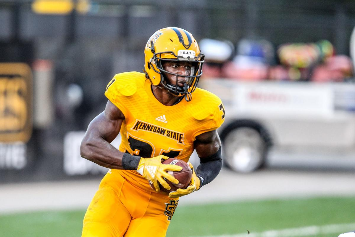 after sluggish start, kennesaw state trounces clark atlanta with 70