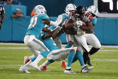 224e6229 Rosen leads Dolphins past Falcons in preseason | Sports | mdjonline.com