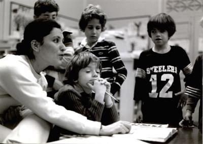 060221_MNS_teachers_upclose Carmen Gonzalez