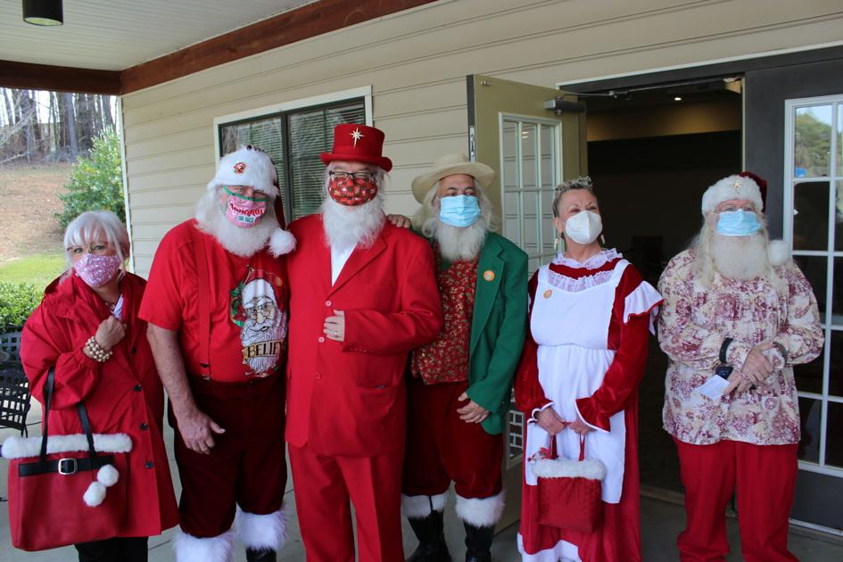 Santas get their COVID-19 vaccine shots in North Cobb