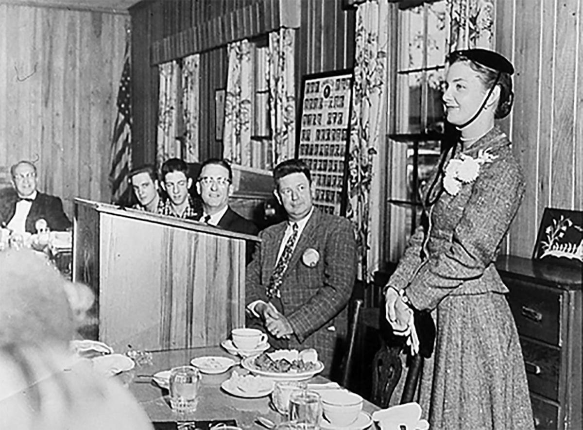 Joanne Woodward at Marietta Rotary 1960s.jpg