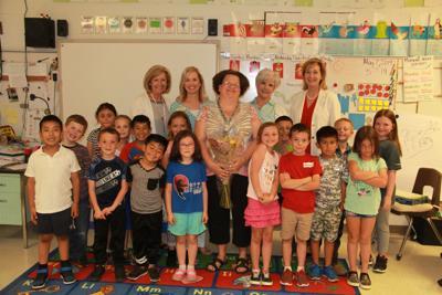 Gordon County Schools substitute teacher wins award