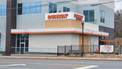 041421_MNS_Hapeville_Dunkin Dunkin' location