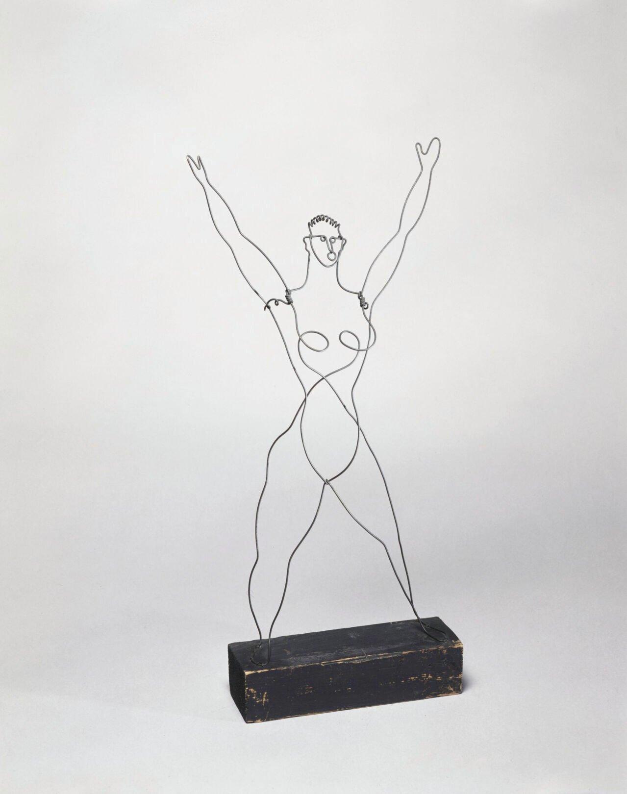 062321_MNS_Calder_Picasso_003 Alexander Calder Acrobat