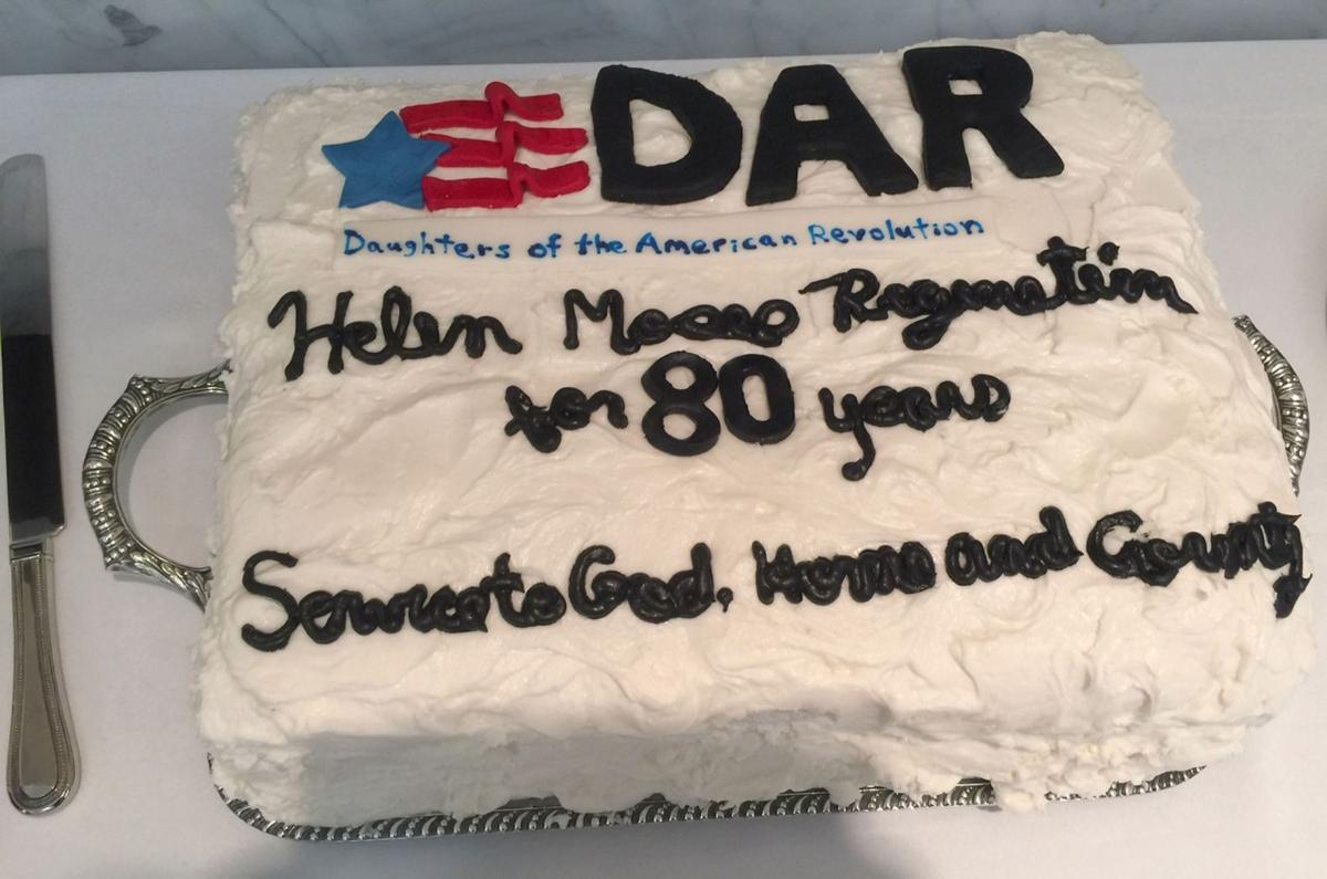 112719_MNS_full_Regenstein_101_003 cake