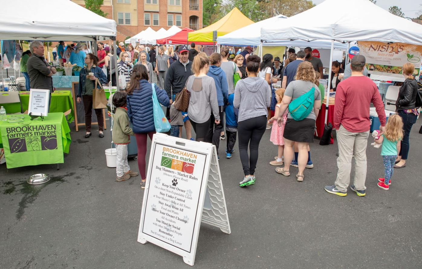 041520_MNS_farmers_market_001 overview