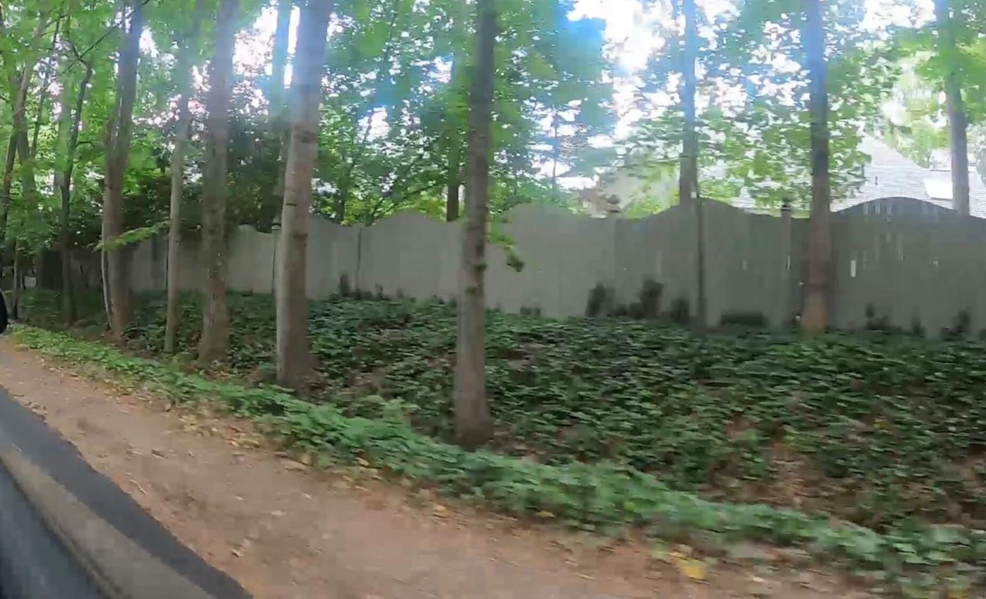 061621_MNS_Dun_sidewalks_001 Dunwoody Road