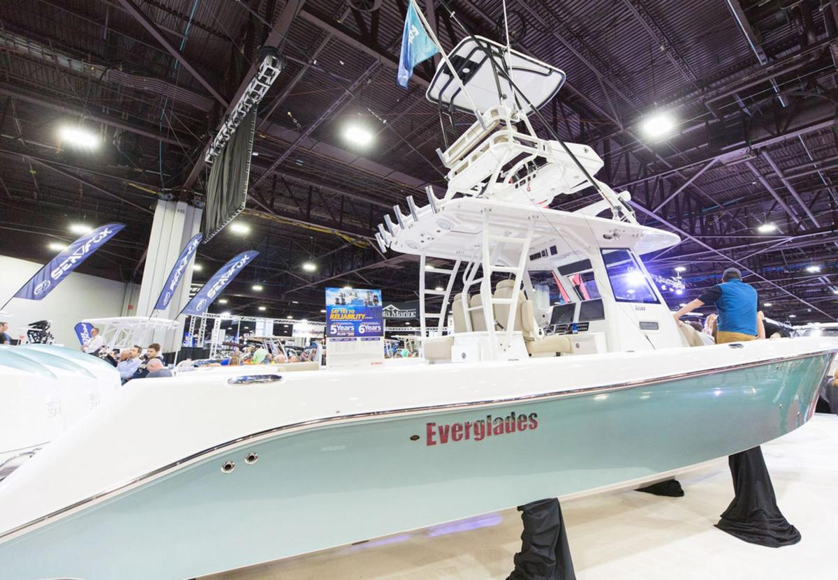 011520_MNS_Boat_Show_002 Everglades boat
