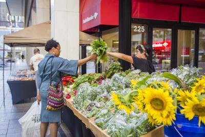 Peachtree Center Green Market veggies