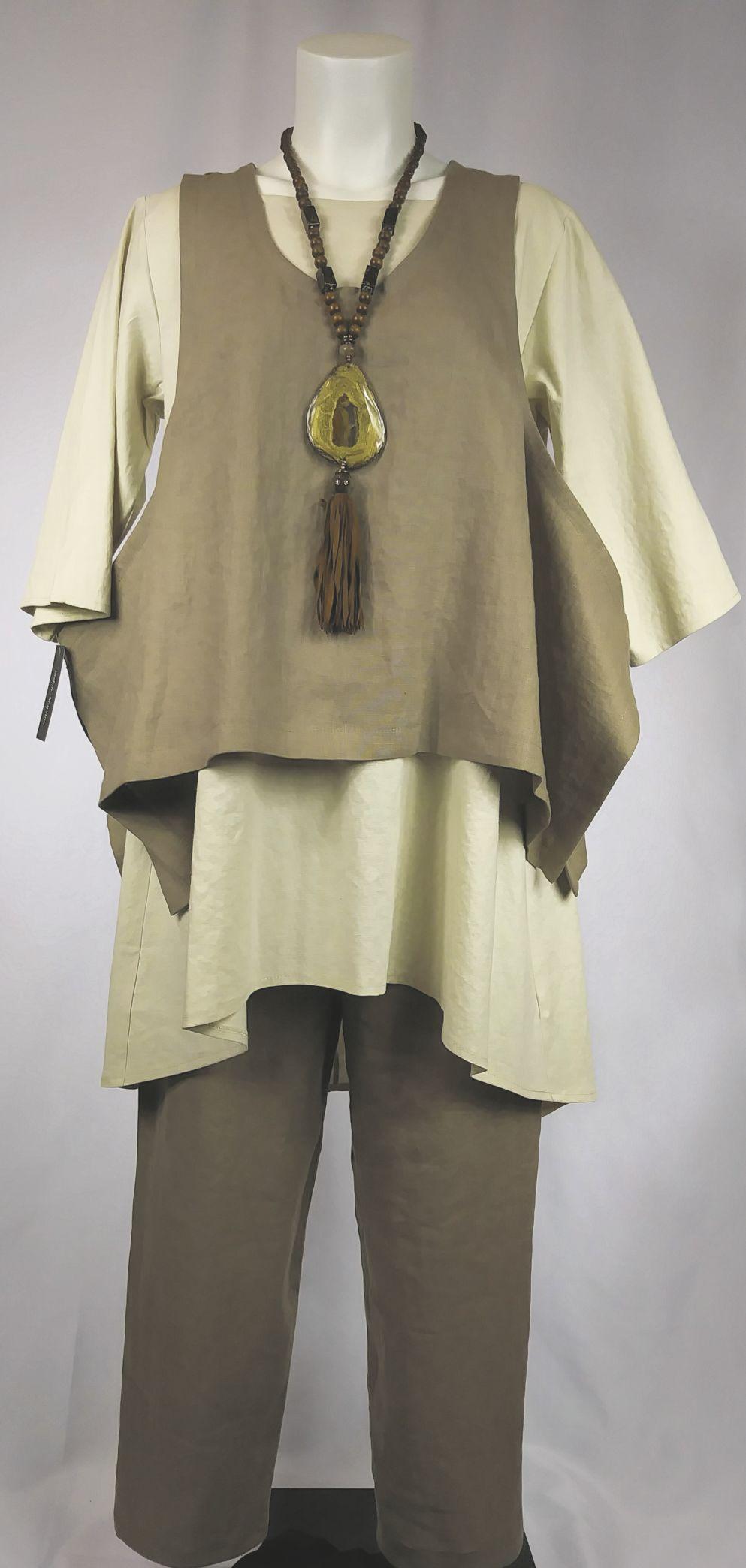 031319_MNS_craft_show_002 Stephanie Williams' fashion wearables