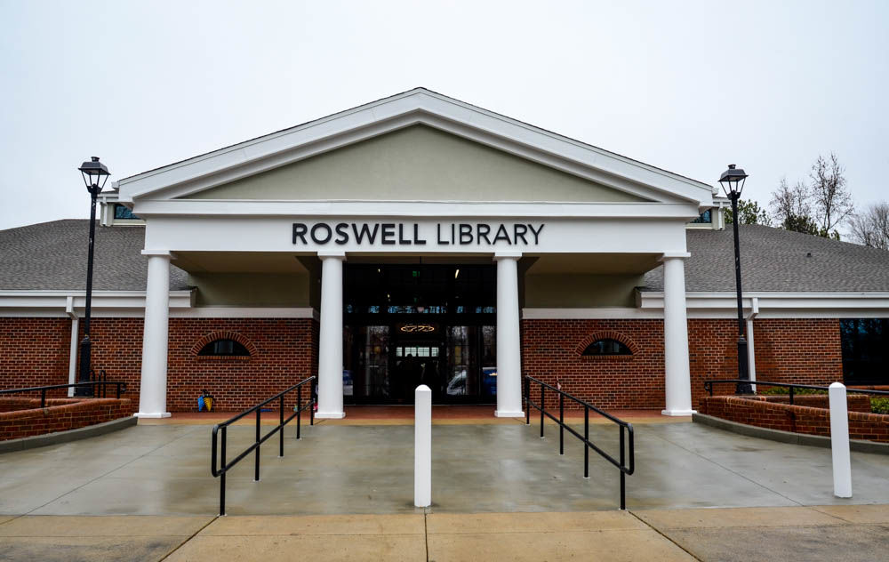 Roswell Library Re-opening